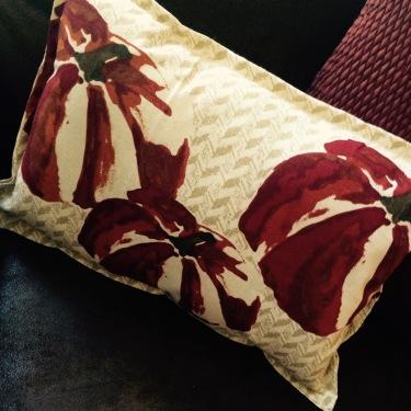 blog_pillow close up