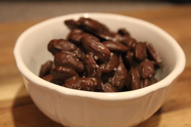 chocolate almonds_final.JPG