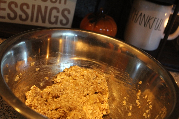 banana-bread-cookies_stir-ingredients